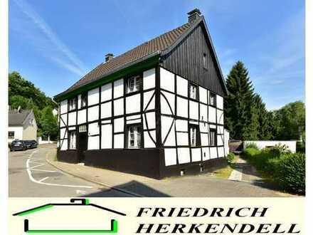 Historisches Fachwerkhaus + flexibel nutzbar, auch als Mehrgenerationenhaus