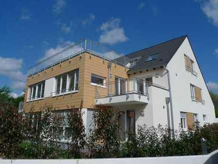 Schicke 4 Zimmer Maisonetten-Wohnung in kleiner Neubaueinheit