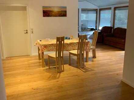 Stilvolle, modernisierte 1-Zimmer-EG-Wohnung mit Einbauküche in Bisingen Thanheim