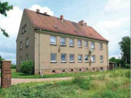 Mehrfamilienhaus mit Nebengelass in Naundorf