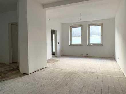**renovierte Doppelhaushälfte in zentraler Lage zur Miete**