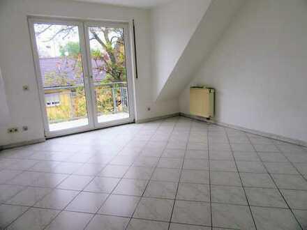 Gepflegte Maisonette-Wohnung mit vier Zimmern und Balkon in Mannheim