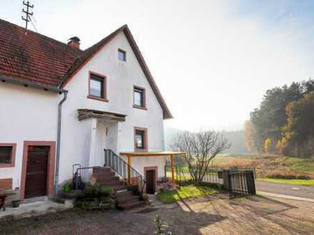 Das erste eigene Zuhause! Renoviertes Einfamilienhaus in idyllischer Ortsrandlage