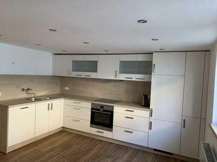 Erstbezug nach Sanierung: freundliche 4-Zimmer-Wohnung mit Einbauküche in Mosbach
