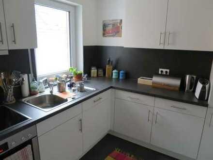 *** Mühlhausen - Tolle neuwertige Wohnung mit Balkon und Einbauküche ***