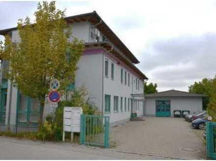Verwaltungsgebäude mit Werkhalle und 1200 qm Zubaupotential