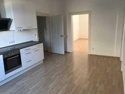 Stilvolle 3-Zi-Wohnung incl. Einbauküche in zentral gelegenem Altbau