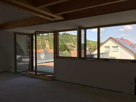 Stilvolle, geräumige und neuwertige 3-Zimmer-Terrassenwohnung mit Balkon in Besigheim