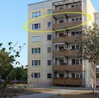 Erstbezug nach Modernisierung, 4-Raum Wohnung mit großem Balkon, zentrumsnah
