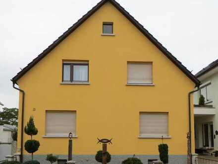 """In """"SAP-Nähe"""" schönes Haus mit 5 Zimmern und großem Garten in Ubstadt-Weiher OT Weiher"""