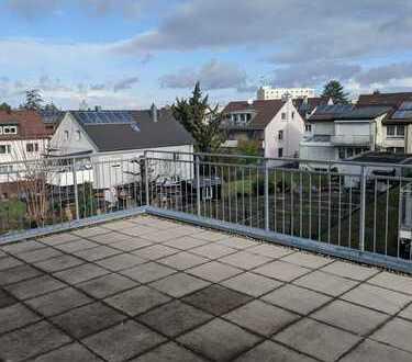 Stilvolles WG-Zimmer mit großer Terrasse wartet auf Dich!