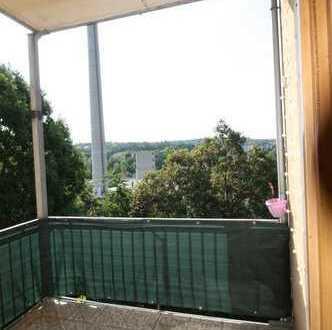 Attraktive 2-Raumwohnung mit Einbauküche und Balkon
