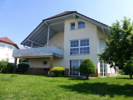 Grosszügiges 3 Familienhaus in Premiumlage von Sontra