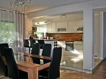 BIETERVERFAHREN!!! Sehr gepflegte, moderne 3-Zi-Wohnung mit Balkon in ruhiger Randlage von Neustadt