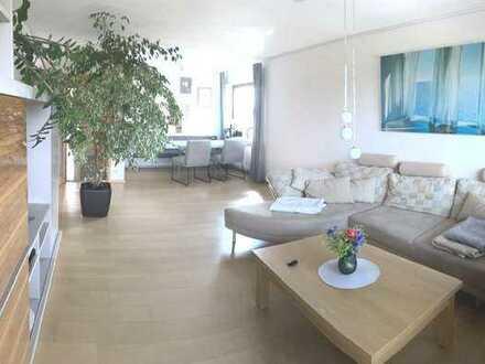 Traumhafte 4 Zimmerwohnung mit Balkon und Garage in bester Aussichtslage