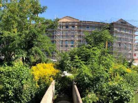 Freiräume entdecken bei fast 5 Meter hohen Decken! Loftartige DG-Wohnung auf ca. 105 m²