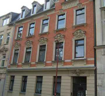 Günstige, sanierte 3,5-Zimmer-Wohnung mit guter Innenausstattung in Auerbach/Vogtland