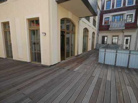 * individuelle und repräsentative Wohnung mit großer Terrasse *