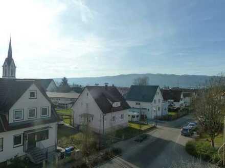 VERKAUFT: Gepflegte, vermietete 2-Zimmer-Wohnung mit Balkon und Garage