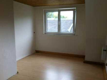 Zimmer in Haus-WG//zentral//im Grünen//mit Garten//Sept-Dez