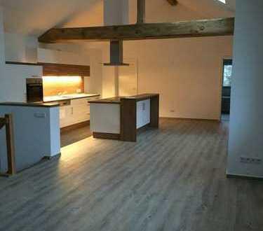 1.250 €, 144 m², 3 Room(s)