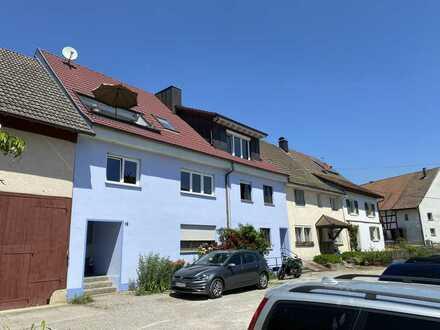 Ansprechende 2-Zimmer-EG-Wohnung mit Einbauküche in Jestetten