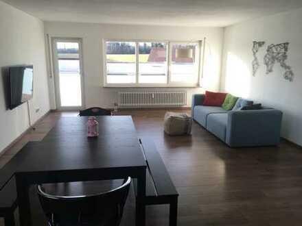 Stilvolle, modernisierte 3,5-Zimmer-Wohnung mit Balkon und Einbauküche in Leinfelden-Echterdingen