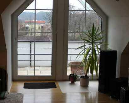 Schöne gepflegte Dachwohnung im Zentrum von Gummersbach