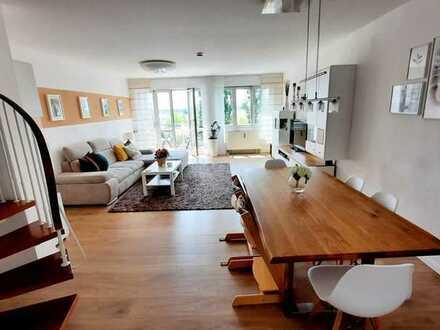 Modernisierte 3-Zimmer-Maisonette-Wohnung mit Balkon und EBK in Gersthofen