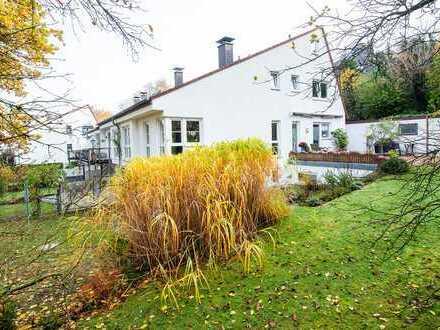 Außergewöhnliches Haus in wunderbarer Wohnlage von Essen-Kupferdreh!