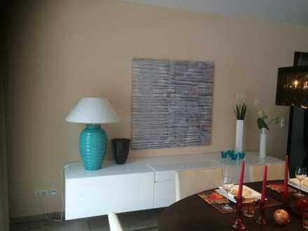 * Gemütliche * 2 Zi-Wohnung in Niedernhausen mit Sonnenbalkon!