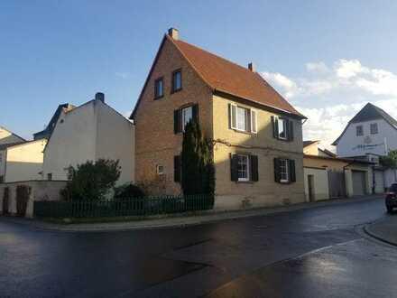 Saniertes 6-Zimmer-Einfamilienhaus mit EBK in Abenheim, Worms Abenheim
