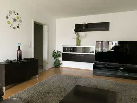 Stilvolle, vollmöblierte, geräumige und gepflegte 2-ZW mit Balkon und Einbauküche in Walldorf