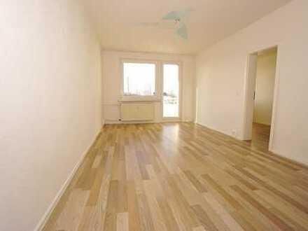 + Familienfreundliche 4 Raum-Whg. mit Balkon +