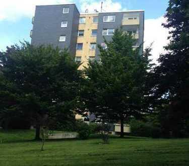 BO-Oberdahlhausen: Vollständig renovierte 3,5 Raum-Wohnung mit Balkon!