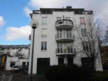 Moderne 2 Zimmer- Wohnung und Tiefgarage mit befristetem Mietvertrag und 3.72% Rendite