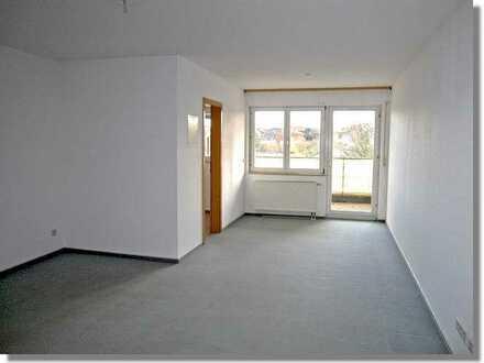 Die ersten eigenen 4 Wände: 1-Zimmer Wohnung mit großem Balkon in Dietersweiler zu vermieten