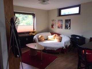 Zimmer in ruhiger Waldstadt-WG