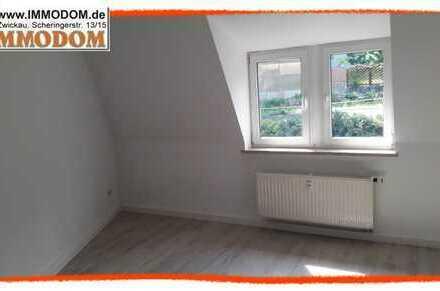 NEU renoviert +++ niedliche Dach-Wohnung mit moderner offener Küche zu vermieten!