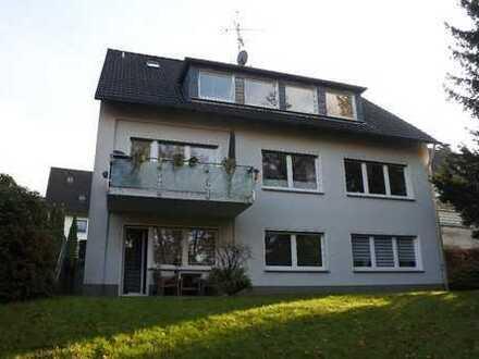Frisch renovierte Mietwohnung mit ca. 64 m² Wohnfläche, 3 Zimmern und Balkon in ruhiger Lage