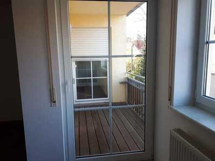 Attraktive 2-Zimmer-Wohnung mit Balkon und Garage
