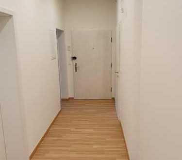 Erstbezug nach Sanierung: schöne 4-Zimmer-Wohnung mit Balkon in Nürnberg