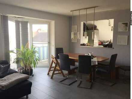 Liebevoll und modern gestaltet...außergewöhnliche 3,5 Zimmer Eigentumswohnung in Groß-Zimmern