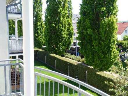 Neuwertige helle 3-Zimmer-Wohnung mit Balkon in einem gepflegten MFH !!!