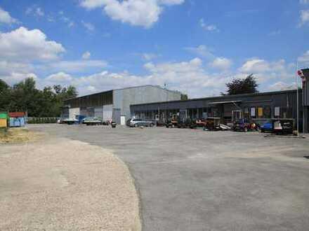 Vermietete Gewerbehalle mit Freifläche und Büro