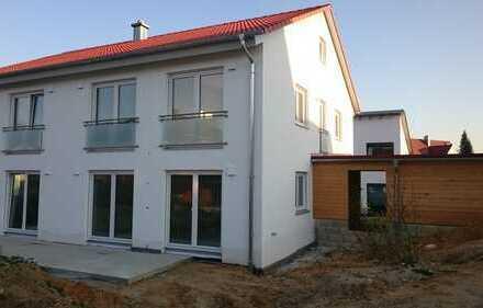 Sehr schönes Haus mit sechs Zimmern in Lauterbach (Gde. Buttenwiesen)