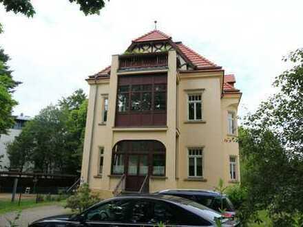 Vollsanierte repräsentative Stadtvilla in attraktiver Wohnlage in Dresden-Klotzsche