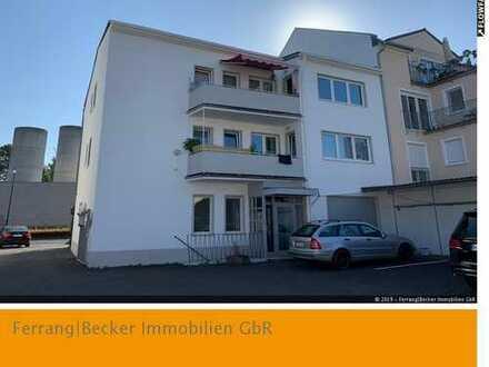 BN - Dreier-Ensemble mit Potenzial: 2 MFH-ser + Büro-/Lagereinheit auf ca. 1.500 m² Grdst.