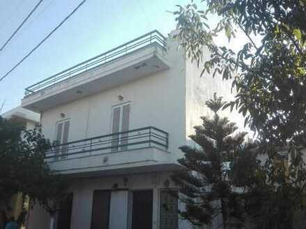 Große Wohnung mit zwei Schlafzimmern in einem schönen traditionellen kretischen Dorf
