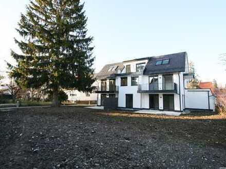 EINZUG SOFORT! Luxuriöse Dachterrassenwohnung mit 4 Zimmern und Einzelgarage in Altaubing